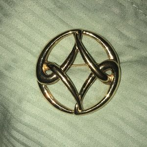 Monet Vintage Signed Gold Toned Celtic Knot Brooch